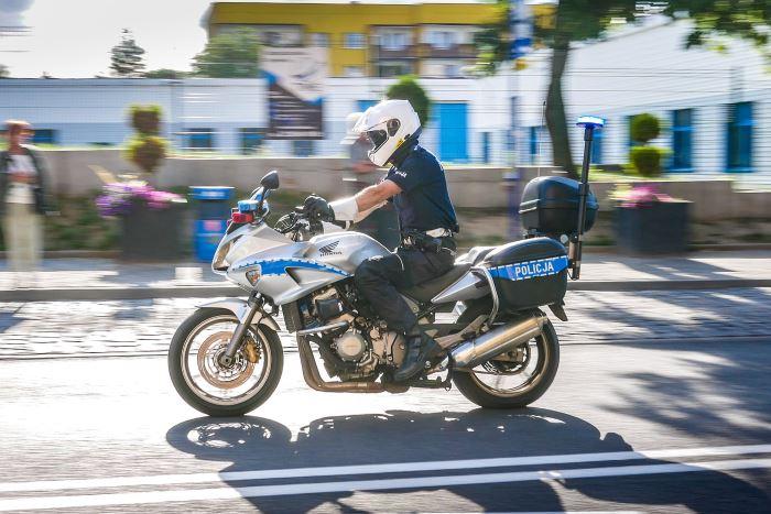 """Policja Nowy Sącz: Zapowiadał się weekend """"na bogato"""", tymczasem skończyło się zarzutami"""